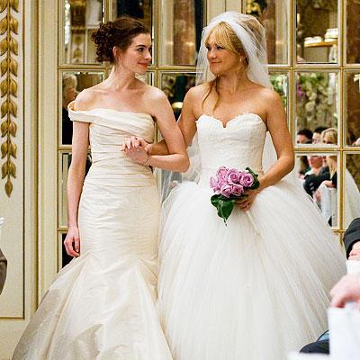 Noivas e vestidos deslumbrantes ..penteados ..joiasn ( ou por ai perto ) - Página 2 Bride-wars-dresses-2