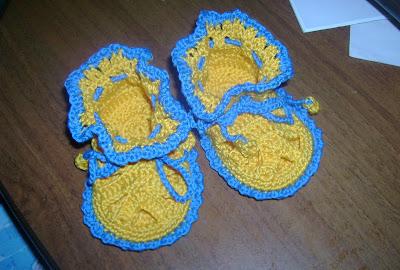 Сандалии для новорожденных с завязками