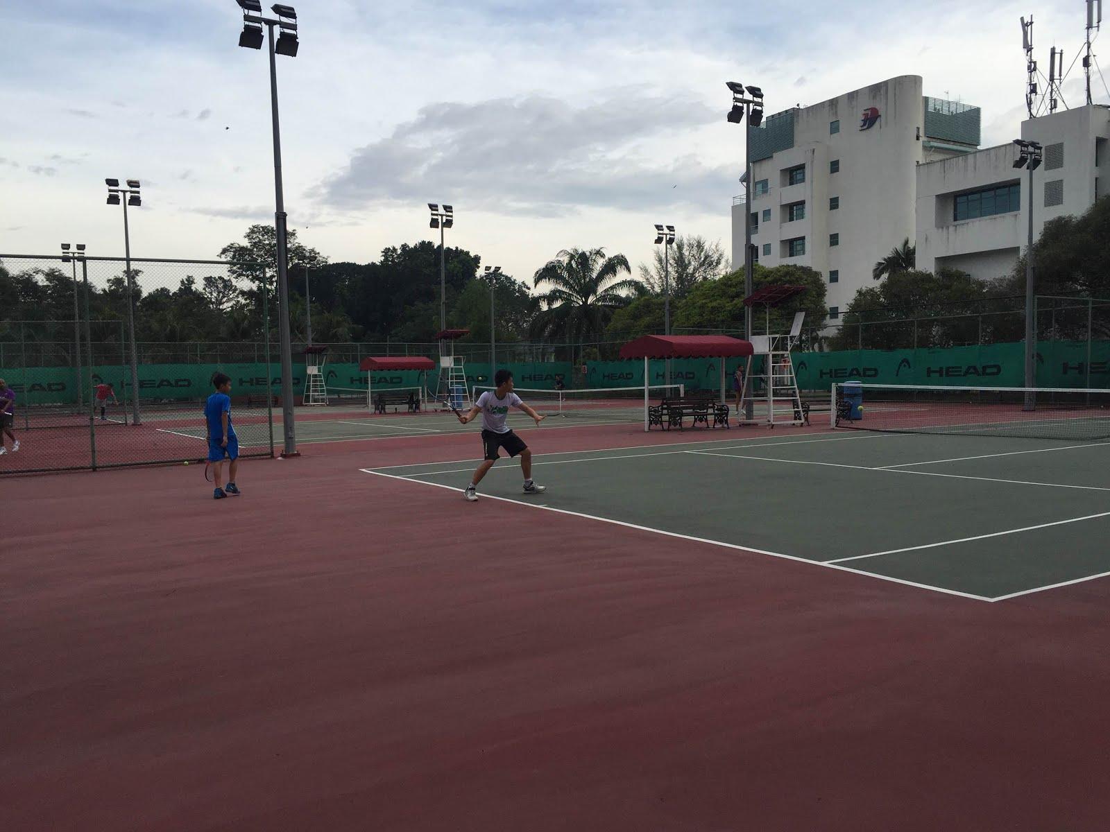 Pusat Tenis Jalan Duta