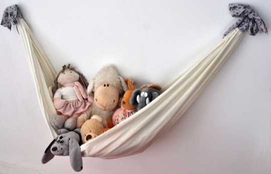clever ways to store toys in childrens rooms  hang all the cuddly toys in a home made hammock or plant bowls and hang them on the wall  inspiration archive  clever storage toys  rh   iarchive blogspot