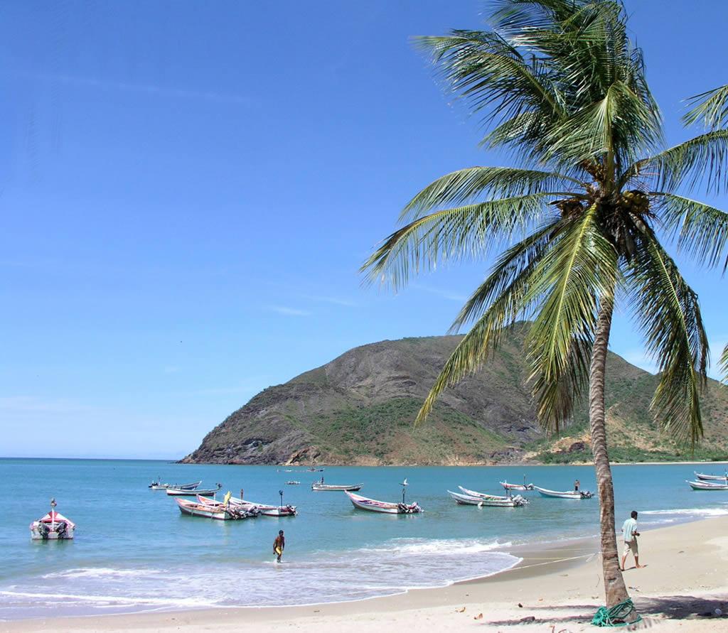 http://1.bp.blogspot.com/-qlYuf8UUFZc/ToHcsfrcJTI/AAAAAAAAAZ4/sWnzSQGdVTc/s1600/beach-and-sea-wallpaper-9-789081.jpg