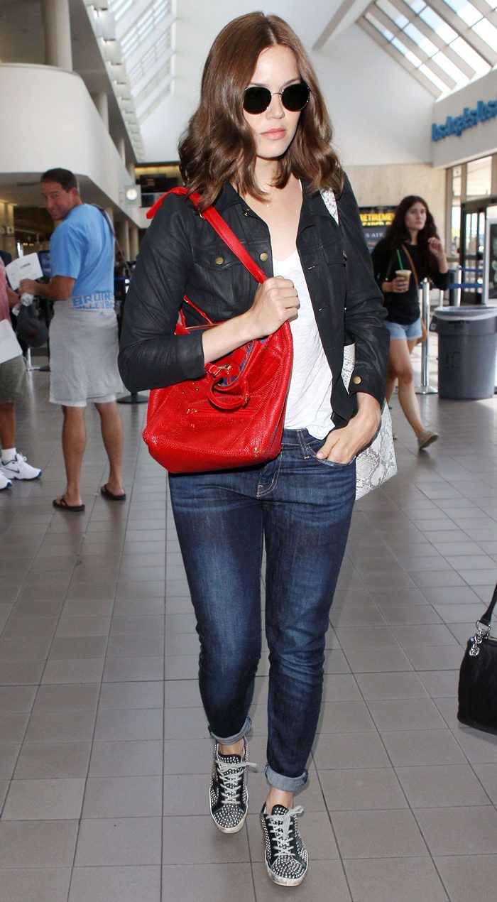 Mandy Moore in Jeans, Arriving at LAX Airport in Los Angeles