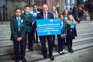 Young UNICEF UK campaigners asking Ed Davey to speak up for children before he left for the UN climate change talks in Doha. Photo credit Rosie Reed Gold/UNICEF.