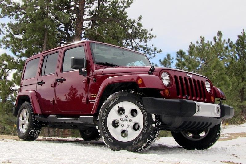 Jeep Wrangler Sahara. Majalah Otomotif Online