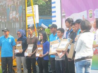 Serah Terima Hadiah dari Polda Metro Jaya
