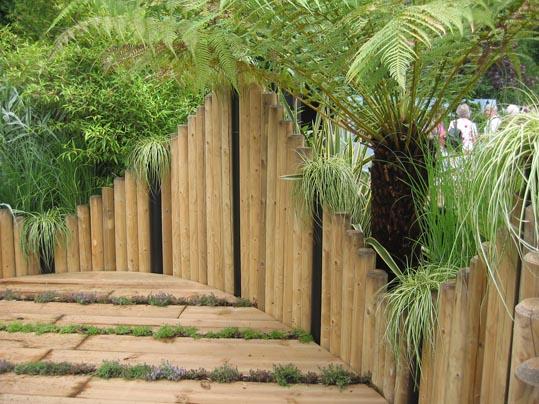 Arte y jardiner a superficies verticales materiales for Materiales para jardines verticales