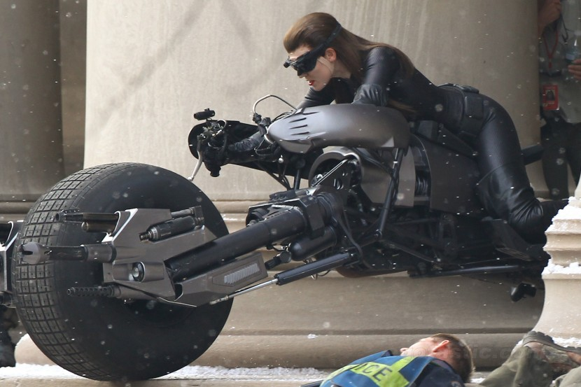 Me, Myself, and a Whole Lot of Crap: Anne Hathaway as Catwoman