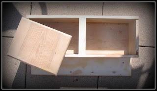 mokiba s dollshousedreams kleines wandschr nkchen. Black Bedroom Furniture Sets. Home Design Ideas