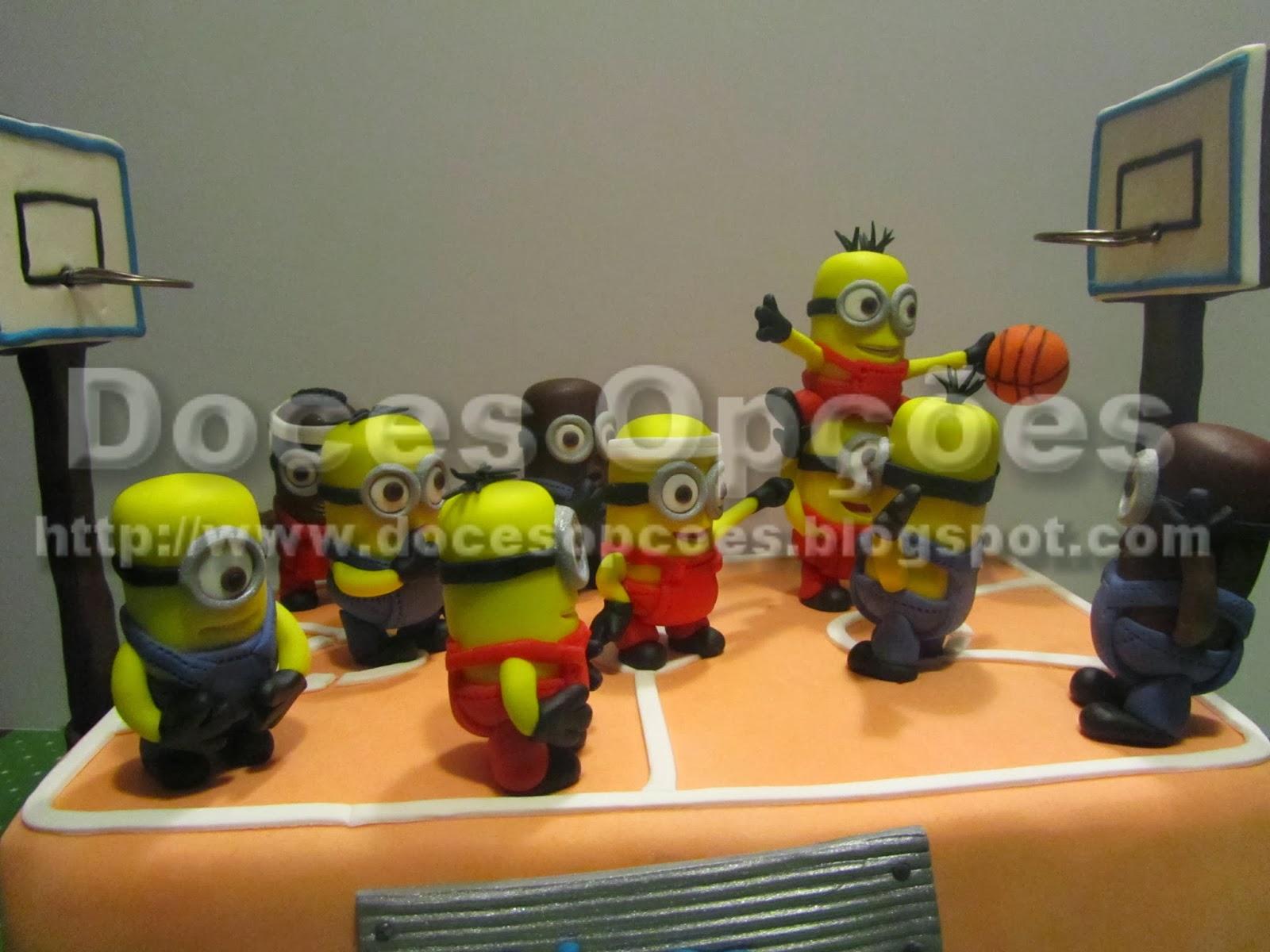 Basketball  minions cake
