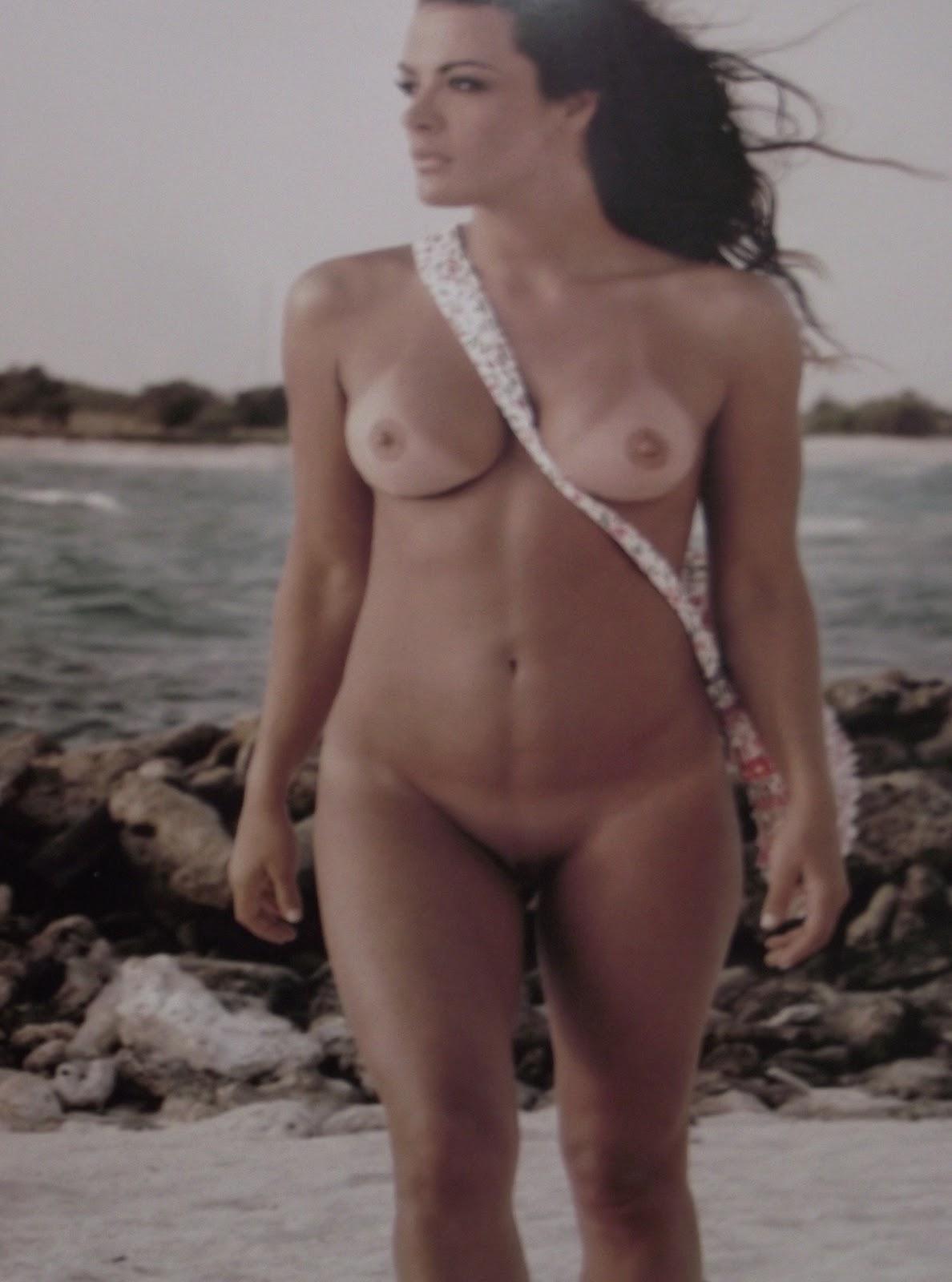 Christina Dieckmann Al Desnudo En Playboy