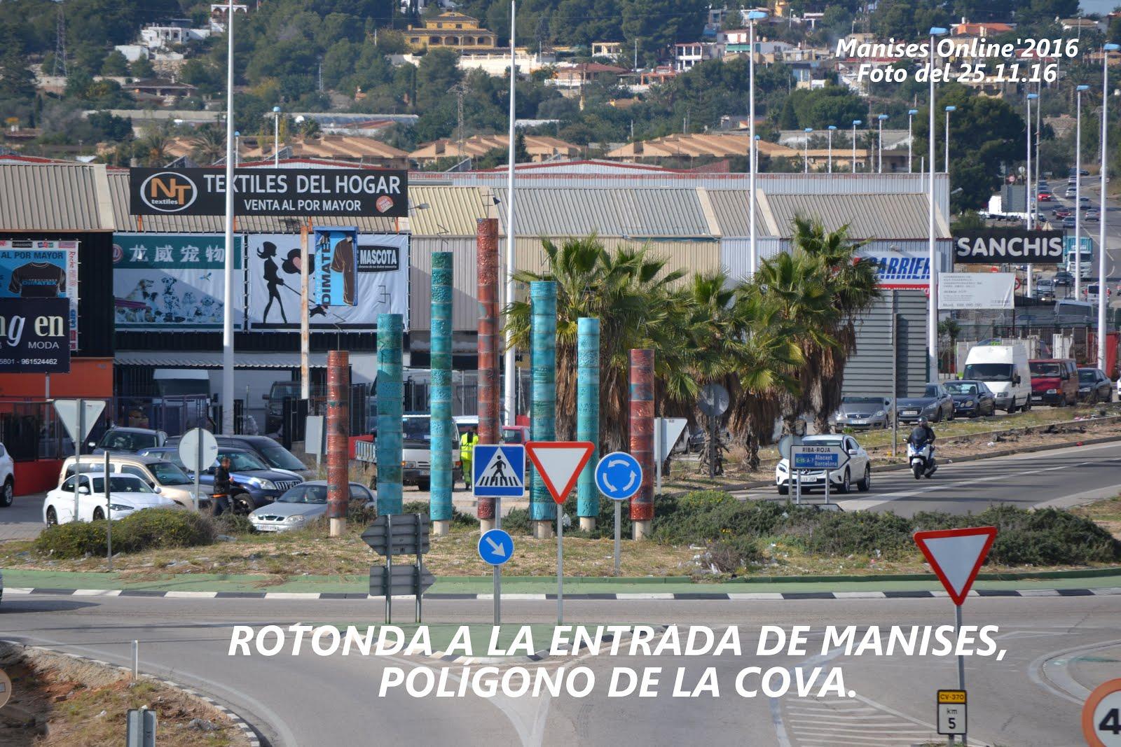 30.11.16 LAS ROTONDAS DE MANISES CON UNA FALTA DE MANTENIMIENTO EVIDENTE