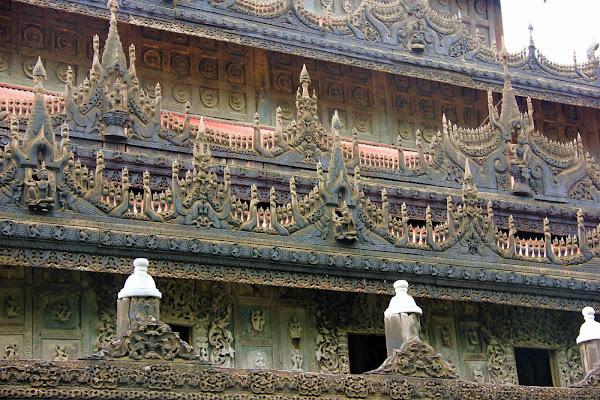 Monasterio construido en madera (Shwenandaw Kyaung)
