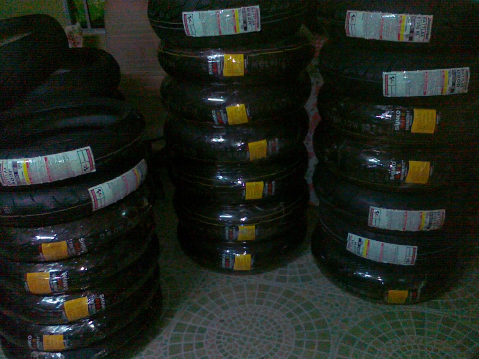 http://1.bp.blogspot.com/-qmufSa-ig1w/TpWGHlR3XlI/AAAAAAAAAE8/lcxDiYDH2gs/s1600/061020112086.jpg