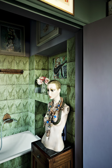 Photography by Beppe Brancato for D REPUBBLICA (via Nest of Pearls)