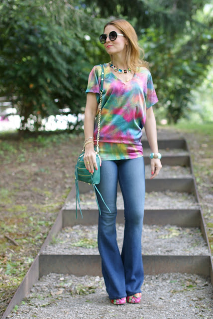 Hippie style, tie dye blouse, bell bottom pants, Fashion and Cookies