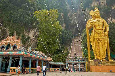 Grotte Batu Caves a Kuala Lumpur Malesia