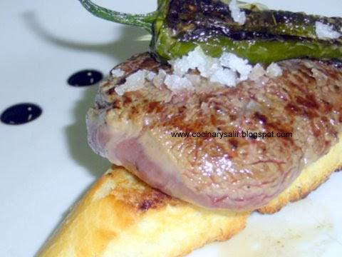 Cocinar y salir montadito de solomillo con pimiento del for Cocinar solomillo de ternera