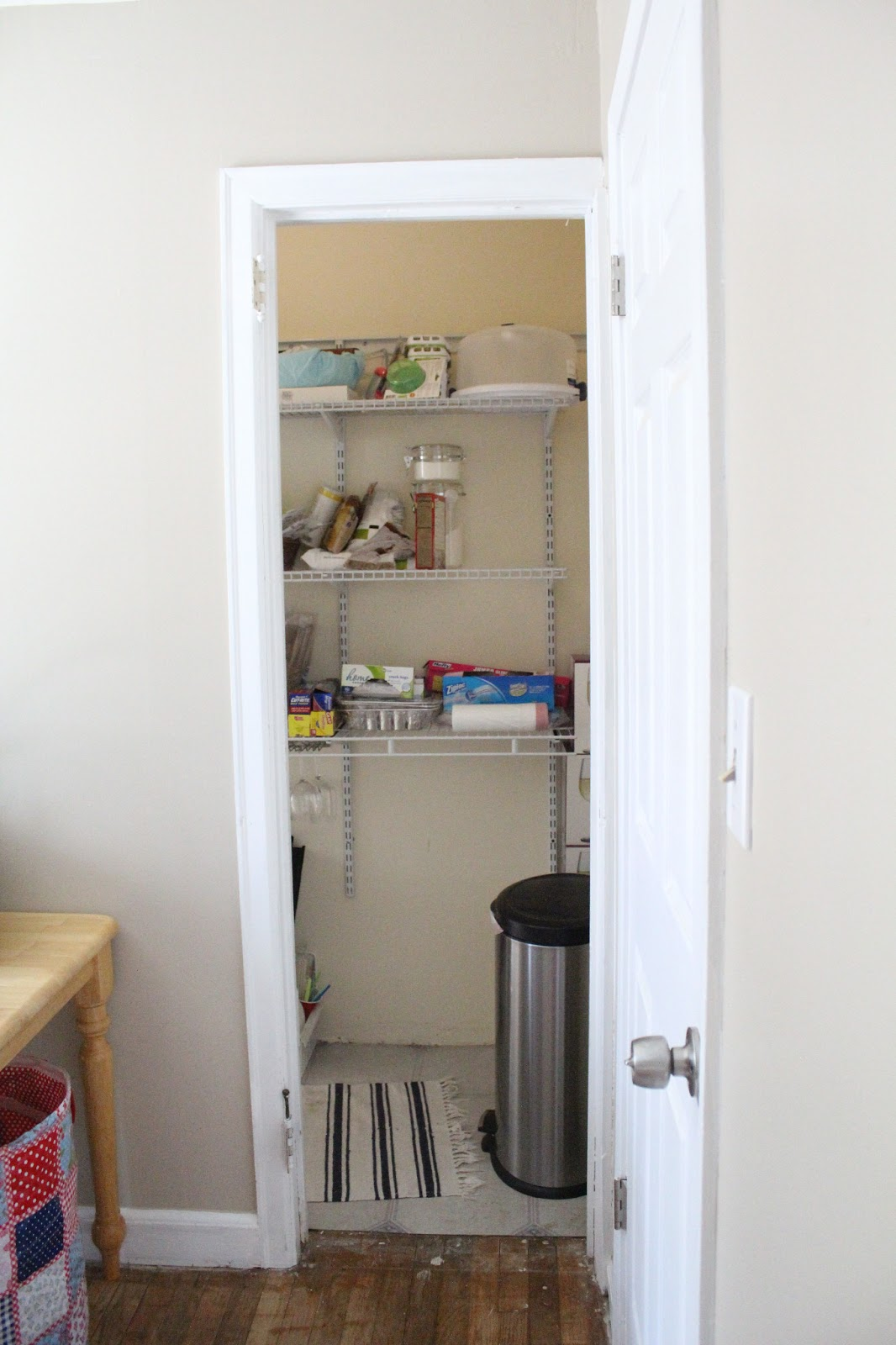 Ten june our rental house the laundry room pantry for Mudroom pantry