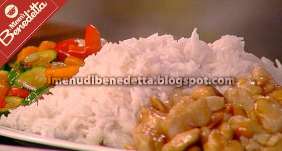 Pollo alle Mandorle con Riso e Verdure Caramellate di Benedetta Parodi