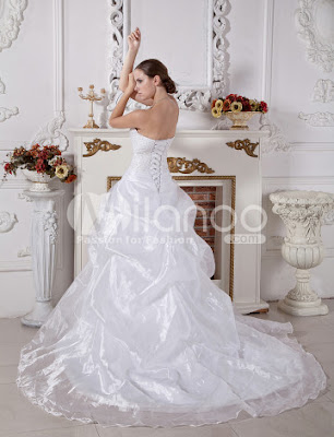 Blanc robe bustier boule froncée robe Sweep de mariée en satin