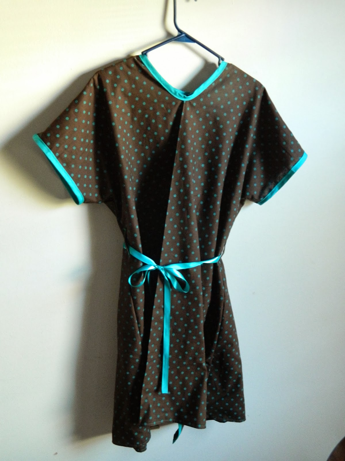 Always Homemade: DIY Maternity Hospital Gown