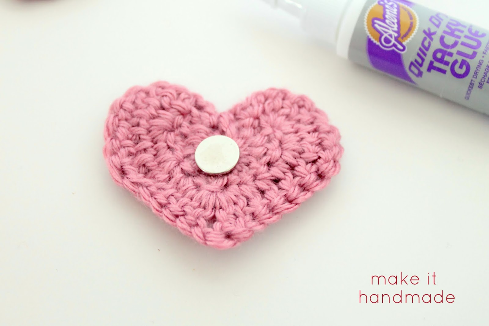 Make it handmade crochet heart magnets crochet heart magnets tutorial by make it handmade bankloansurffo Images