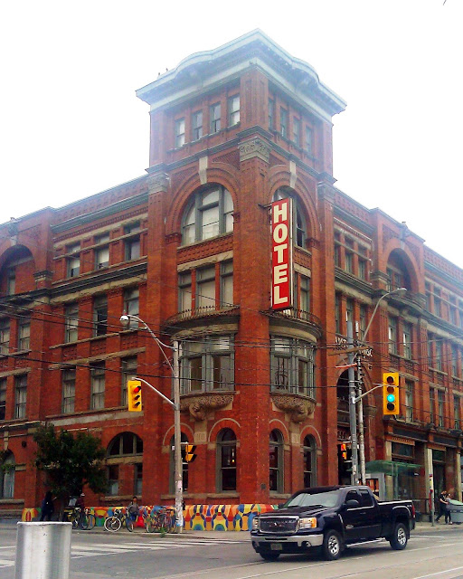 Toronto, Events, Weekend, Happenings, May, Explore,Travel, Attractions, 2015, The Purple Scarf, Melanie.Ps, Ontario, Canada, Gladstone Hotel, West Queen, Flea Market