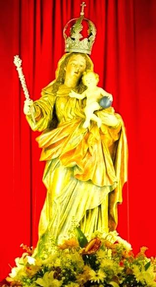 Nossa Senhora da Luz dos Pinhais - Rainha de Curitiba