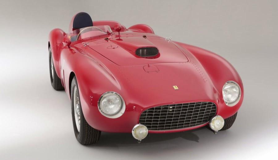 オークションでフェラーリのレースカー「375プラス」が18億円以上で落札!