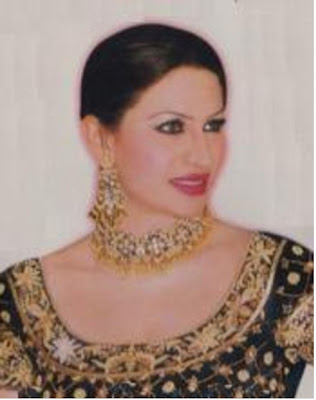 Punjabi Stage Dancer Saima Khan Hot Picture