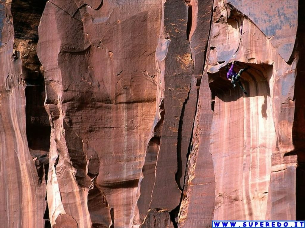 http://1.bp.blogspot.com/-qoouGOw0Q6k/TqAM8mpsG8I/AAAAAAAACM8/HPKVKEQNaWc/s1600/free+climbing+2.jpg
