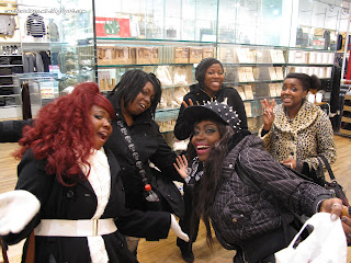 black gyaru, gyaru fashion, gyaru meet, chinatown, muji,