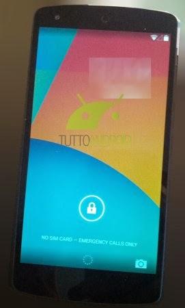 Con android 4.4 KiTKat è presente il tasto rapido della fotocamera nel Lockscreen