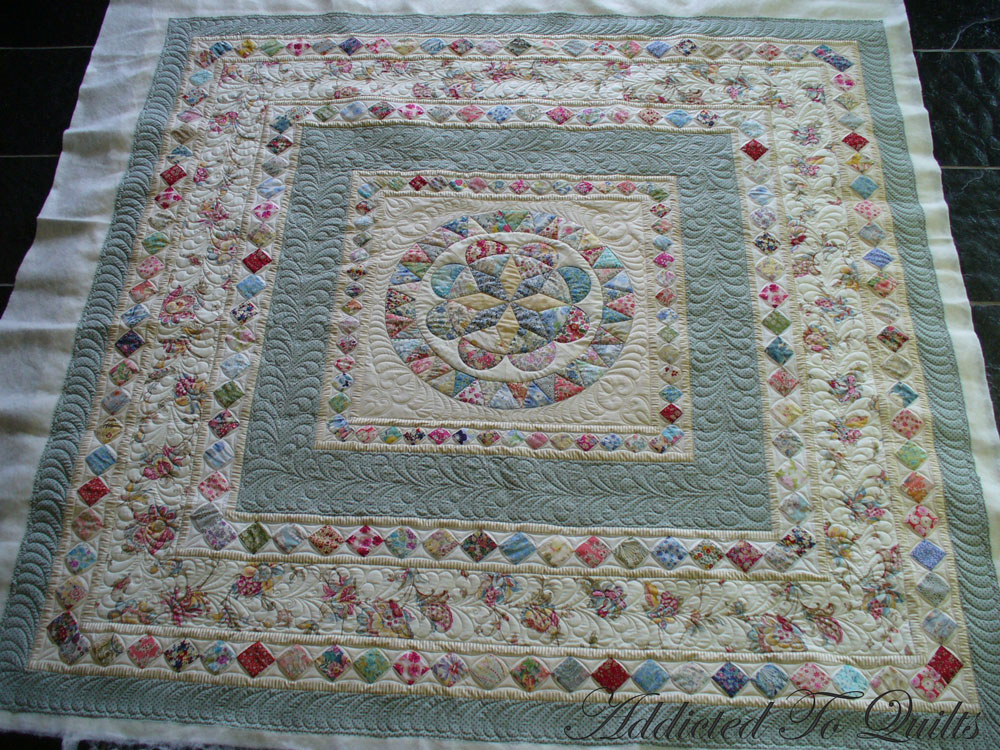 Quilt Patterns And Fabric : Addicted To Quilts: Medallion Quilt in Liberty Fabrics