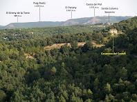Panoràmica del nord-oest amb la Casanova del Castell i Santa Coloma Sasserra