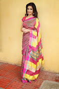 Kriti Kharbanda Glamorous photos-thumbnail-5