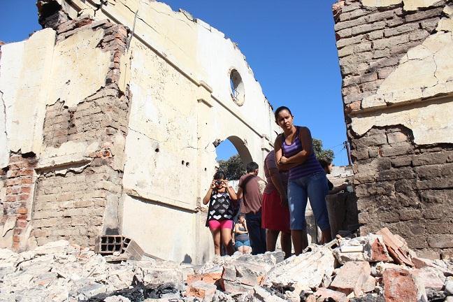 Judiciales y denuncias gobierno entreg ayudas a for Oficina catastro santander
