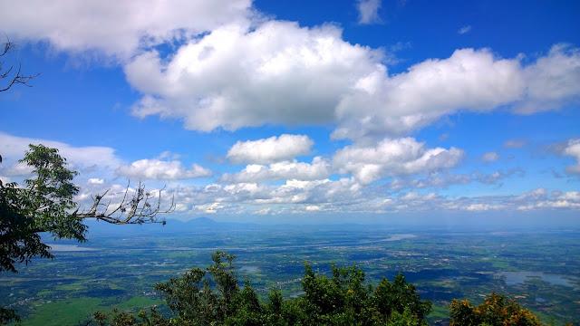 Núi Tản sông Đà