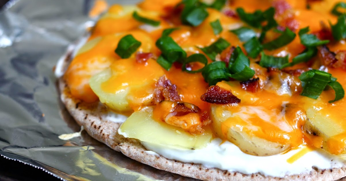 """... of a Bakeaholic: Let's Do Lunch: Loaded """"Baked"""" Potato Pita..."""