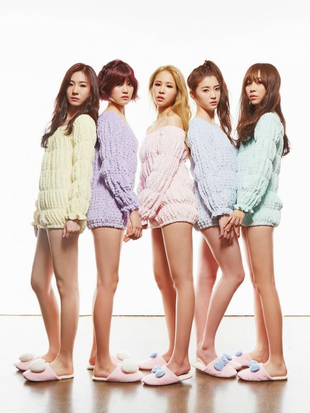 girls Pantless teen