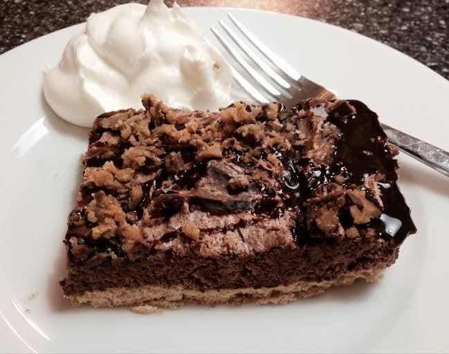 Weight Watcher Friendly Peanut Butter Cup Pie! Scrumptious! 4 Points ...