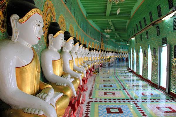Los budas de U Minh Thonze en Sagaing