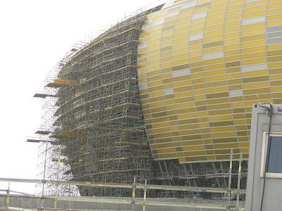 Rusztowania przy elewacji, podparcie Baltic Arena