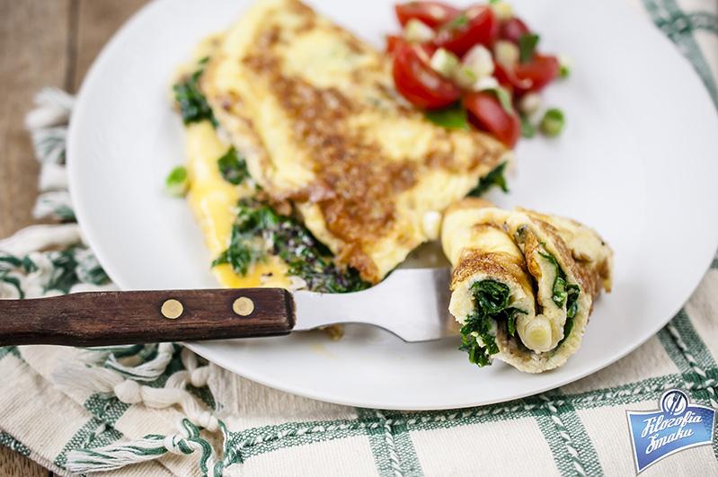 Omlet z serem i szpinakiem przepis