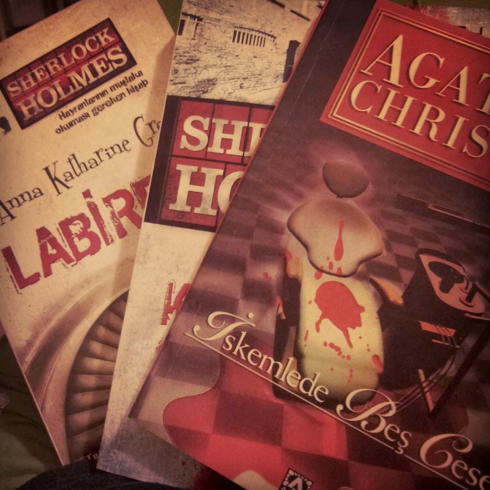 Agatha Christie | Iskemlede Bes Ceset ★★☆
