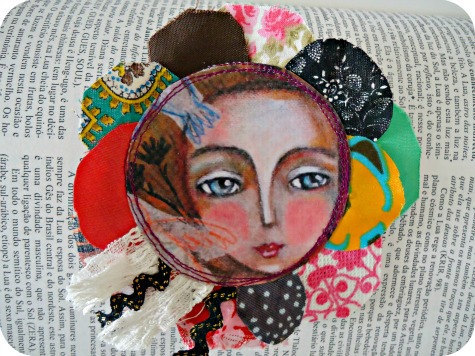 A way to go - flower Vintage fabric brooch  by Susana Tavares