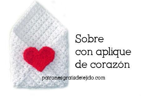 sobre para regalar en San Valentin tejido al crochet