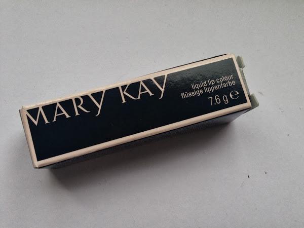 Mary Kay Liquid Lip Colour in Raspberry Ice.