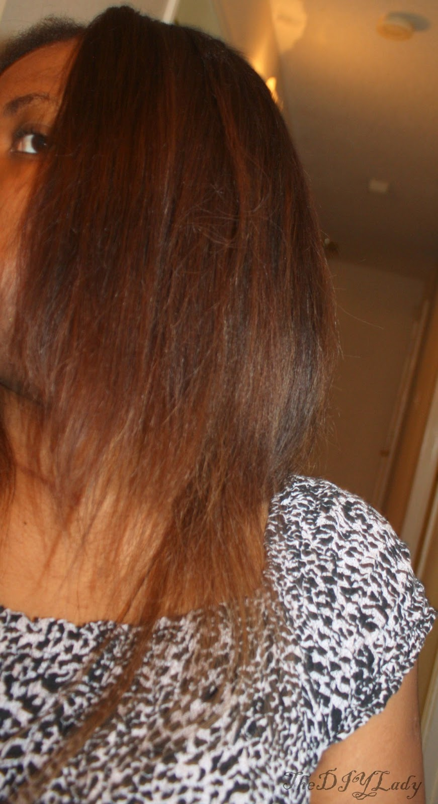 Now She Is Using Hairatin That Blends Perfectly With Any Hair Color Without Leaving The Erlesat Earance Other Brands Do