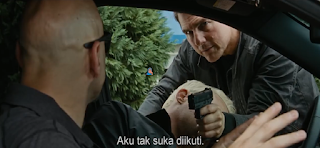 Screenshot Jack Reacher Fighting Review Movie Jack Reacher - Never Go Back (2016) BluRay 360p Subtitle Bahasa Indonesia - stitchingbelle.com